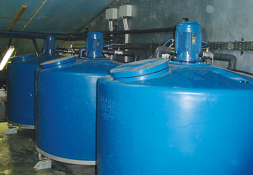 A trio of HFS feed tanks