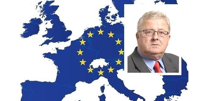 EC +Czesław Adam Siekierski