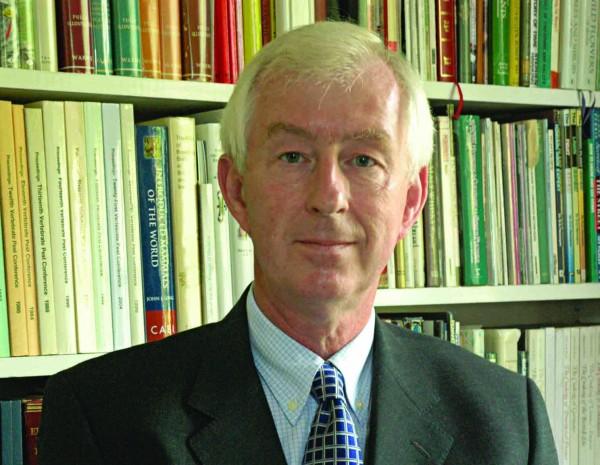 Dr Alan Buckle
